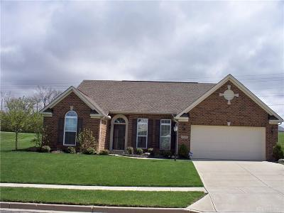 Fairborn Single Family Home For Sale: 1560 Yellow Rose Court