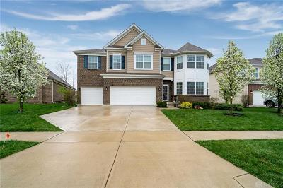Tipp City Single Family Home For Sale: 2637 Sunset Maple Drive