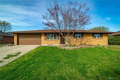 Dayton Single Family Home Pending/Show for Backup: 6030 Imperial Hills Drive