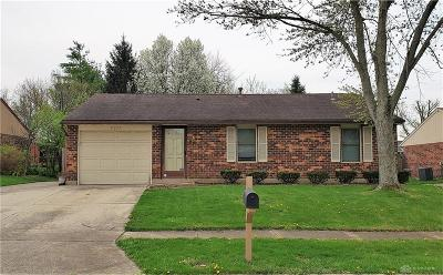 Huber Heights Single Family Home Pending/Show for Backup: 6134 Moss Hill Court
