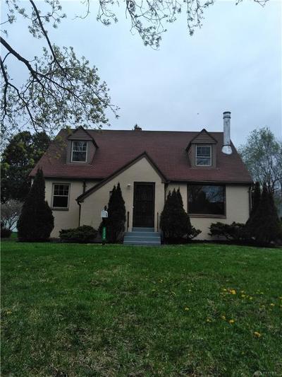 Dayton Single Family Home For Sale: 4229 Delhi Drive