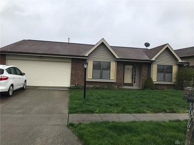 Dayton Single Family Home For Sale: 6030 Maplegate Court