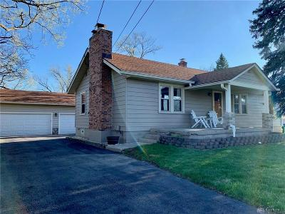 Miamisburg Single Family Home For Sale: 2090 Central Avenue