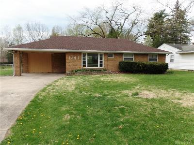 Beavercreek Single Family Home For Sale: 1641 Countryside Drive