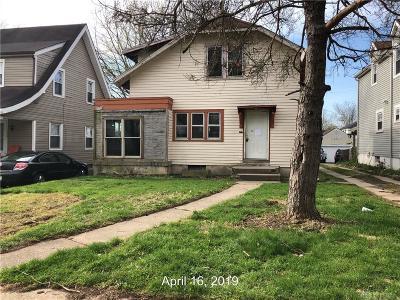 Dayton Single Family Home For Sale: 222 Santa Clara Avenue