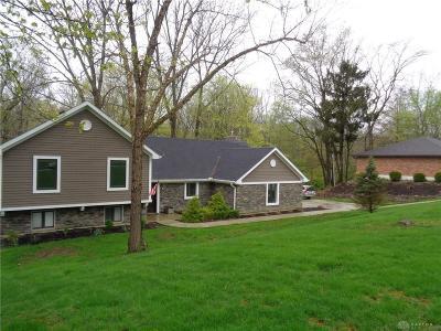 Dayton Single Family Home For Sale: 1470 Ambridge Road