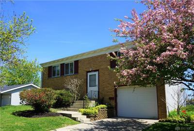 Fairborn Single Family Home For Sale: 1964 Darrell Drive