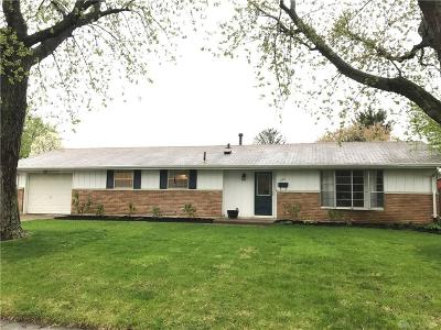 Fairborn Single Family Home For Sale: 1101 Cottage Court Drive