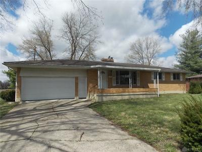 Dayton Single Family Home For Sale: 127 Minty Drive