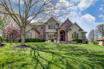 Springboro Single Family Home For Sale: 215 Dalfaber Lane