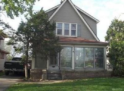 Dayton Single Family Home For Sale: 208 Beechwood Avenue