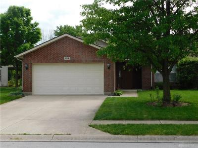 Englewood Single Family Home For Sale: 104 Brumbaugh Court