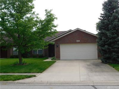 Englewood Single Family Home For Sale: 106 Brumbaugh Court