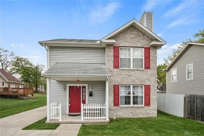 Dayton Single Family Home For Sale: 2921 Acorn Drive