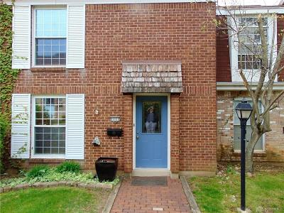 Fairborn Condo/Townhouse Pending/Show for Backup: 1111 Charleston Court