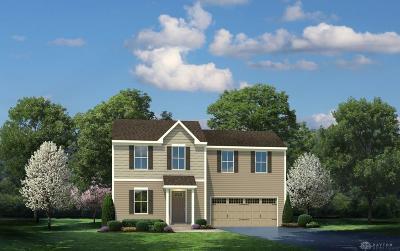 Xenia Single Family Home For Sale: 1156 Lisa Marie Drive
