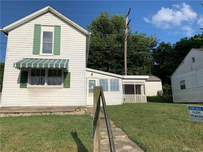 Warren County Single Family Home For Sale: 142 Main Street