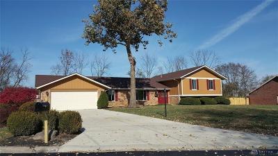 Beavercreek Single Family Home For Sale: 3620 Somerset Drive
