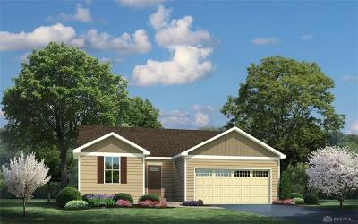 Xenia Single Family Home For Sale: 1150 Lisa Marie Drive