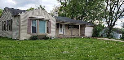 Fairborn Single Family Home For Sale: 246 Palmer Drive