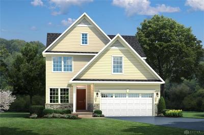 Fairborn Single Family Home For Sale: 1035 Baywood Drive