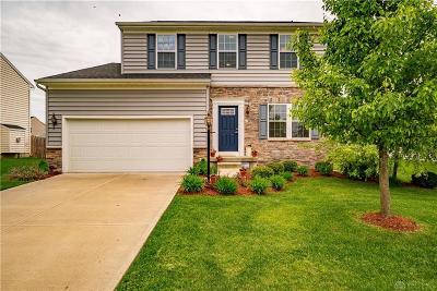 Fairborn Single Family Home For Sale: 1274 Artesian Lane