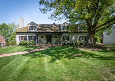 Dayton Single Family Home For Sale: 157 Lookout Drive