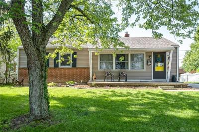 Tipp City Single Family Home For Sale: 906 Westedge Drive