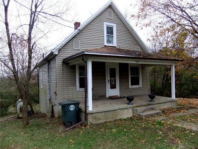 Dayton Single Family Home For Sale: 568 Miller Avenue