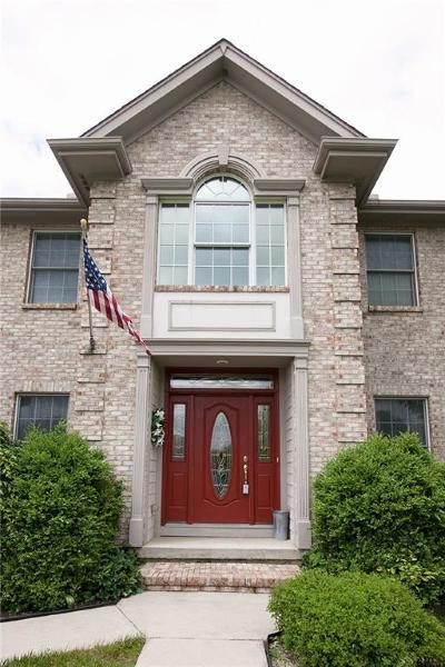 Vandalia Single Family Home For Sale: 2367 Cheviot Hills Lane