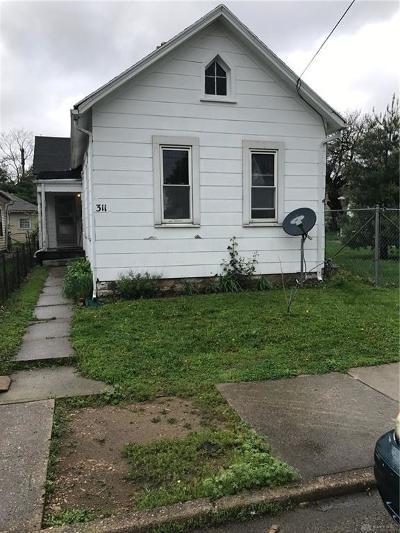 Dayton Single Family Home For Sale: 311 Clover Street