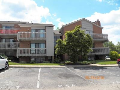 Dayton Condo/Townhouse For Sale: 1124 Eagle Feather Circle #D