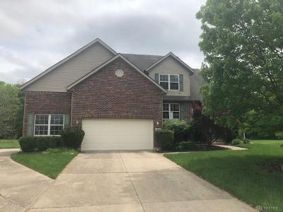 Dayton Single Family Home For Sale: 1352 Stillwater Lane