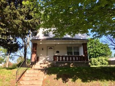 Dayton Single Family Home For Sale: 576 Saint Joseph Avenue