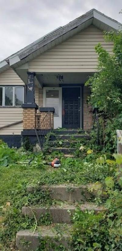 Dayton Single Family Home For Sale: 724 Crestmore Avenue