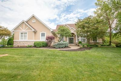Springboro Single Family Home For Sale: 480 Stolle Drive