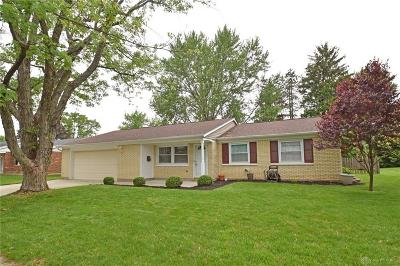 Vandalia Single Family Home Pending/Show for Backup: 132 Hartshorn Drive