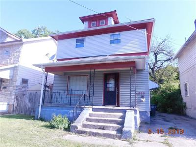 Dayton Single Family Home For Sale: 829 Stewart Street
