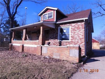 Dayton Single Family Home For Auction: 55 Pomeroy Avenue