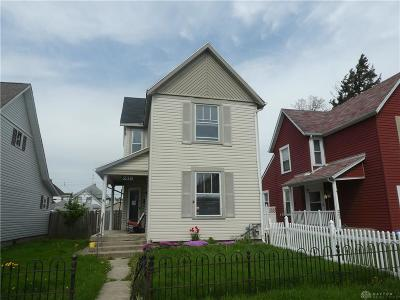 Dayton Single Family Home For Sale: 239 Grove Avenue