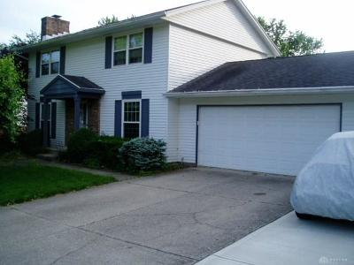 Springboro Single Family Home For Sale: 135 Cedar Hill Lane