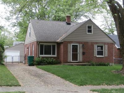 Dayton Single Family Home For Sale: 3084 Bellflower Street