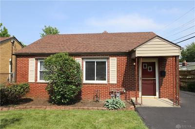 Kettering Single Family Home For Sale: 2912 Aerial Avenue