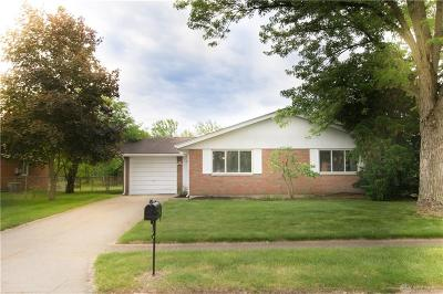 Fairborn Single Family Home For Sale: 8135 Philadelphia Drive