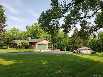 Miamisburg Single Family Home For Sale: 7645 Manning Road