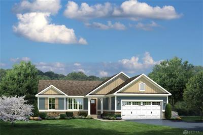 Tipp City Single Family Home For Sale: 868 Cedar Grove Drive