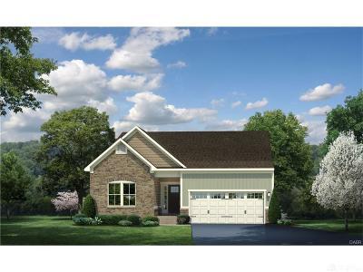 Tipp City Single Family Home For Sale: 883 Cedar Grove Drive
