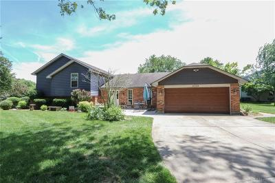Tipp City Single Family Home For Sale: 6705 Bejay Drive