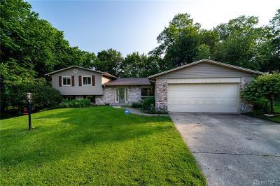 Beavercreek Single Family Home For Sale: 2218 Shumway Court