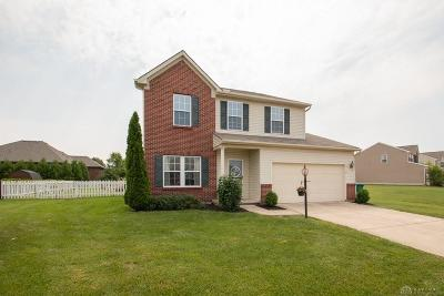 Springboro Single Family Home For Sale: 9840 Blue Spruce Drive